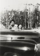 Vira Mc Cray and Jeannie Berneham, Rosemary Farms, Santa Maria : 1949.