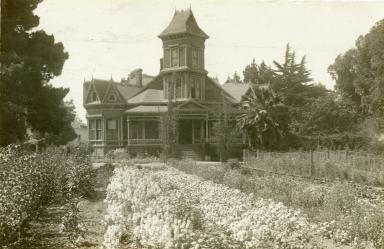 The Spiritualist House