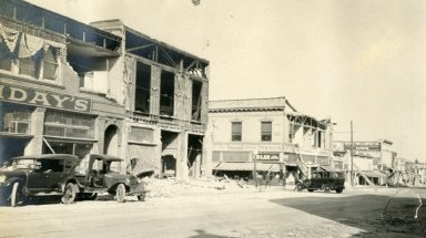 Santa Barbara 1925 Earthquake Damage - 800 Block State Street