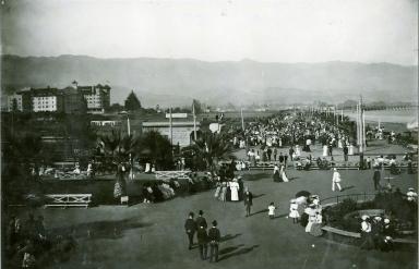 Plaza in front of Los Banos del Mar & Potter Hotel