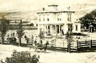 Hunt - Stambach Residence