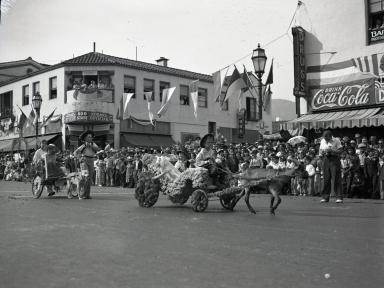 Fiesta - State and De La Guerra Streets