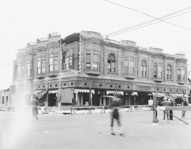 Santa Barbara 1925 Earthquake Damage - 1000 Block State Street