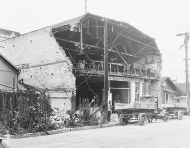 Santa Barbara 1925 Earthquake Damage - Motor Car Company