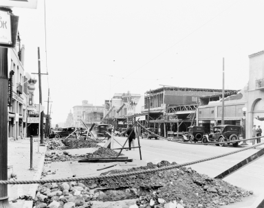Santa Barbara 1925 Earthquake Damage - 900 Block State Street