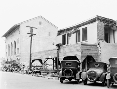 Santa Barbara 1925 Earthquake Damage - 00 Block East Carrillo Street