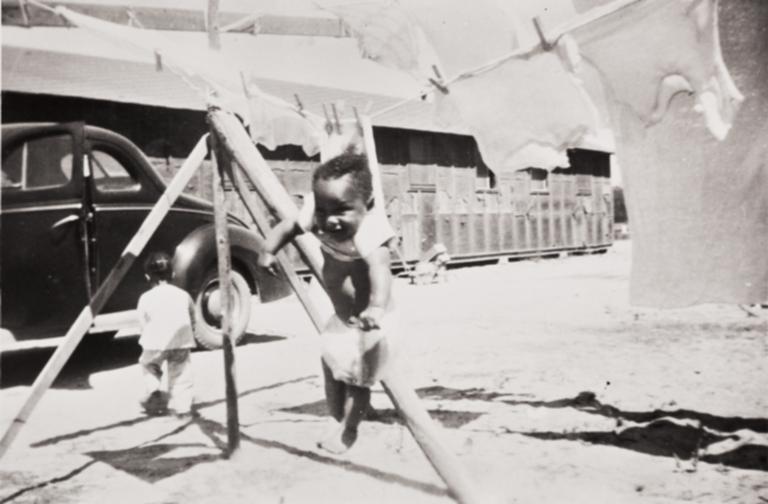 Hanging Out, Arnold McCray, Santa Maria : 1946.