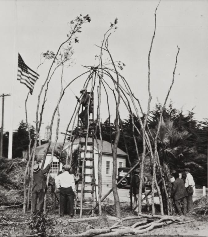 Construction of a Chumash house frame using willow poles, Ventura County Fair : 1923.