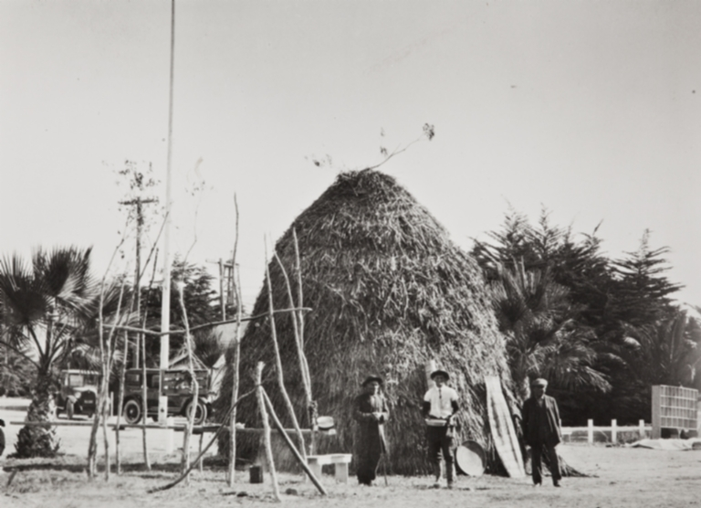 Finished Chumash house, thatched with tules, Ventura County Fair : 1923.
