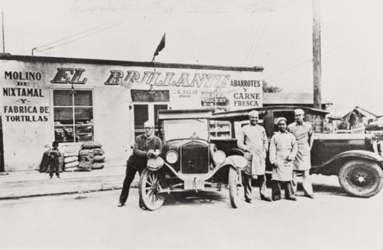 El Brillante Market, S. Ojai Street, Mike Luccia, Joe Diaz, Juan Salas-proprietor and Joe Preciado.