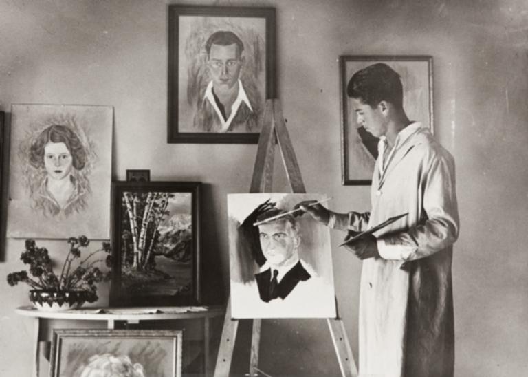 Portrait artist, Jose de la Huerta.