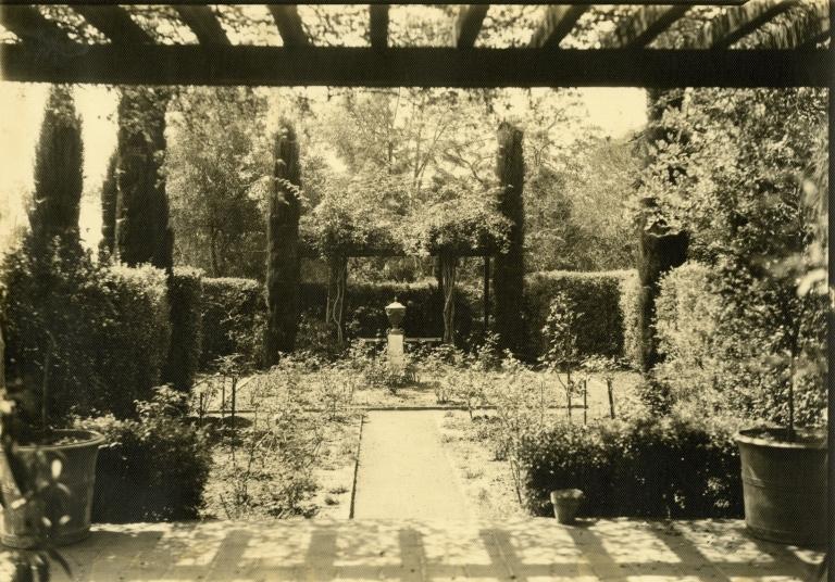 Roland G. Hazard Estate