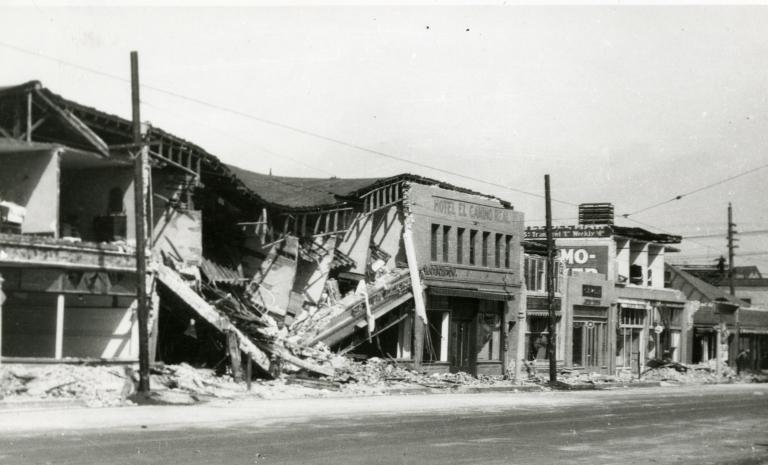 Santa Barbara 1925 Earthquake Damage - 300 Block of State Street