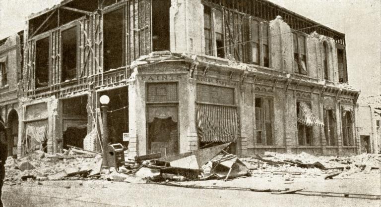 Santa Barbara 1925 Earthquake Damage - Mission Paint & Art Co., American Legion Building