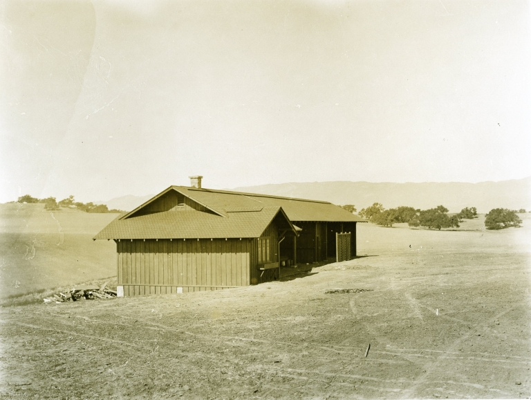 Hope Ranch - Building next to the Potter Country Club