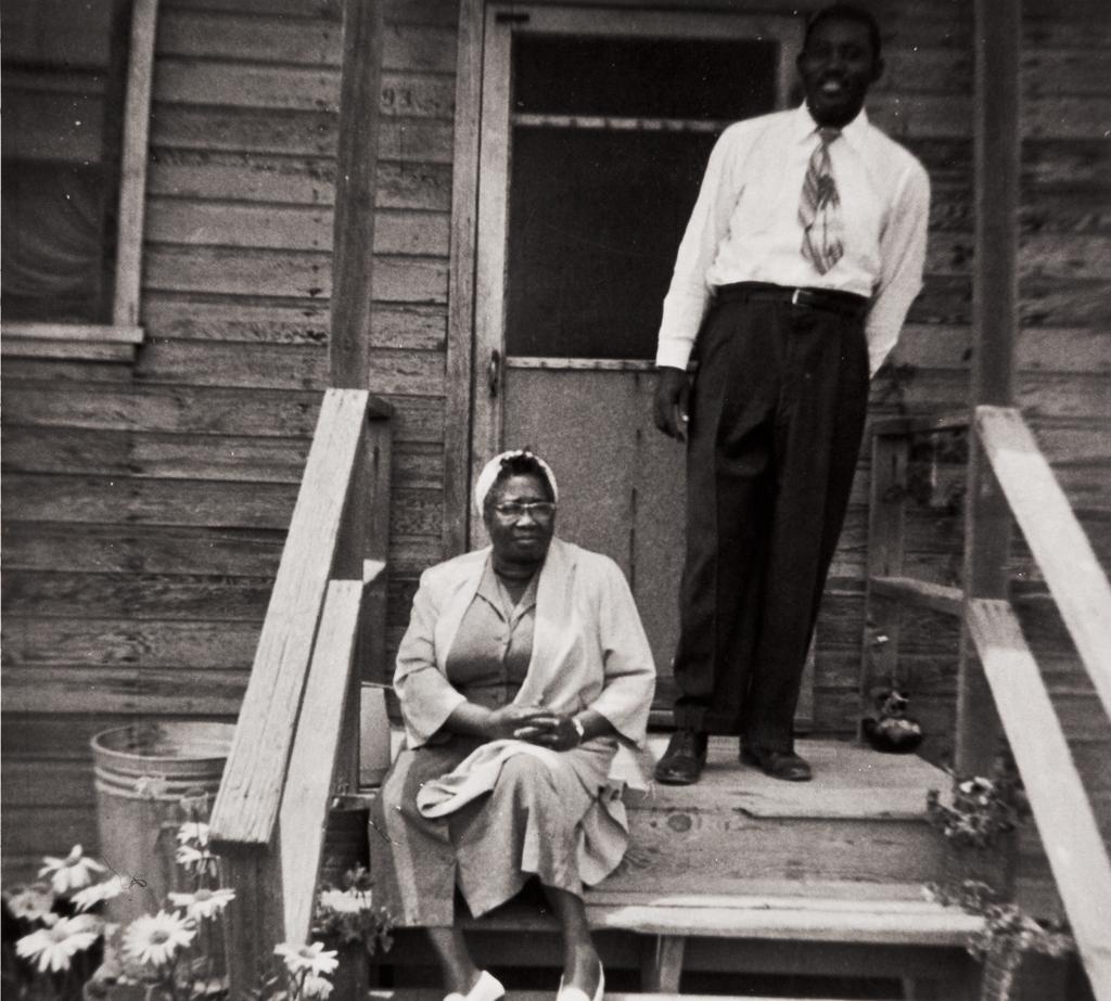 Naomi Hamilton and Reverend Wilson, Airport Circle Hospital, Santa Maria : 1950s.