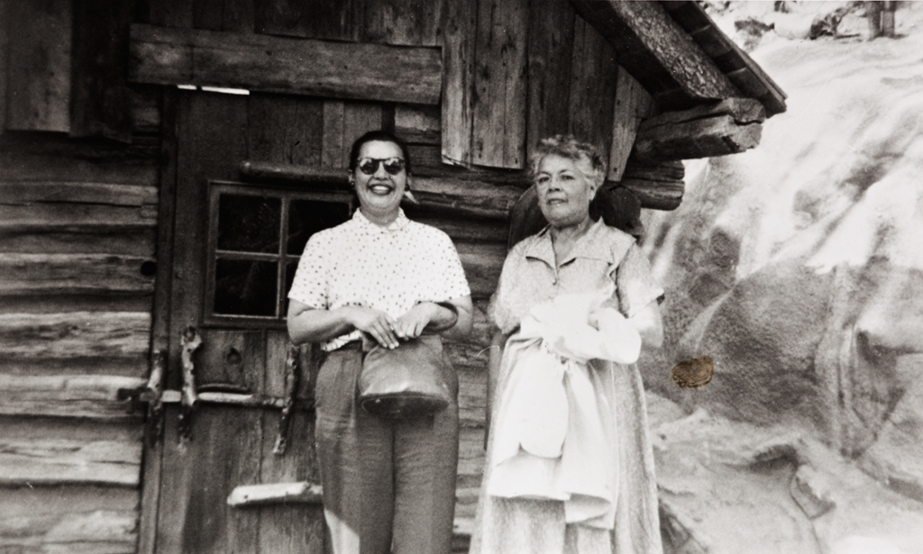 Valentina Valencia (née Yee), and her mother, Mary J. Yee (née Rowe), at Knott's Berry Farm : circa 1961 ; Mary Yee was the last known native speaker of any Chumash language.