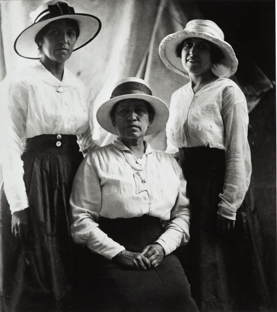 Catherine Bermúdez , seated, daughter of John and Juana O'Brien, with her daughters, Maggie Arabus at viewer's left, and Rosa Padilla (née Bermúdez ), at viewer's right : circa 1920 ; Catherine's mother, Juana, was a full-blooded Santa Barbara Indian woman.