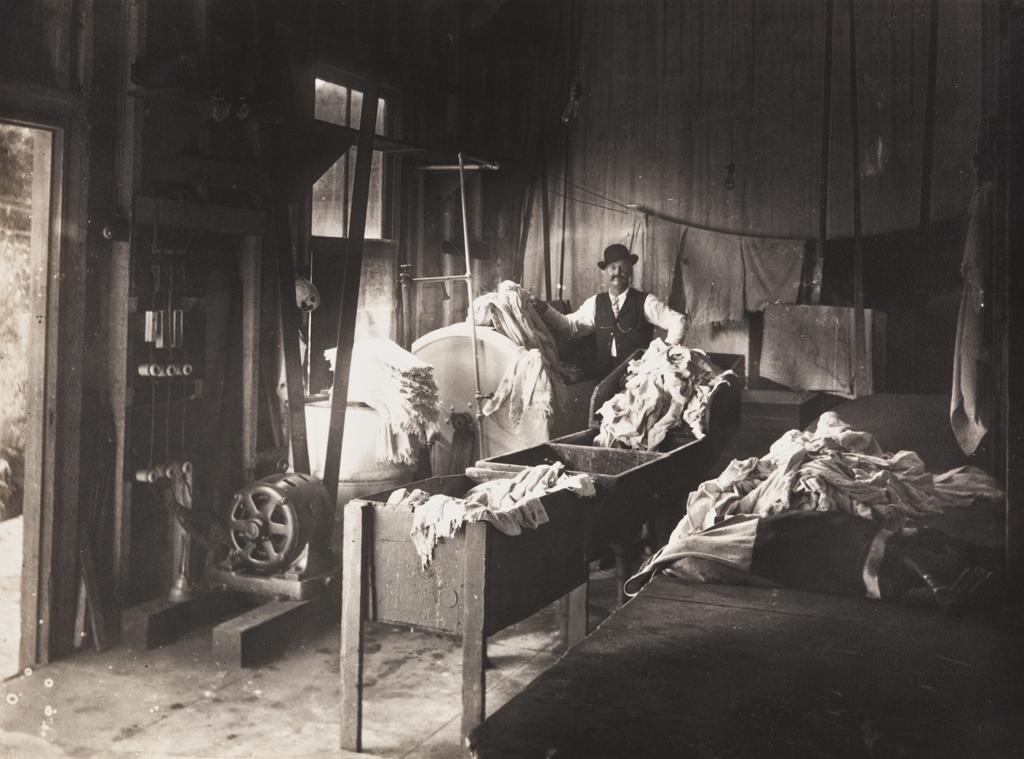 Valenzuela Laundry.