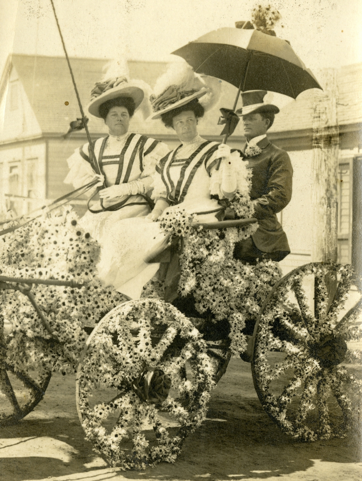 Great White Fleet Floral Parade Carriage