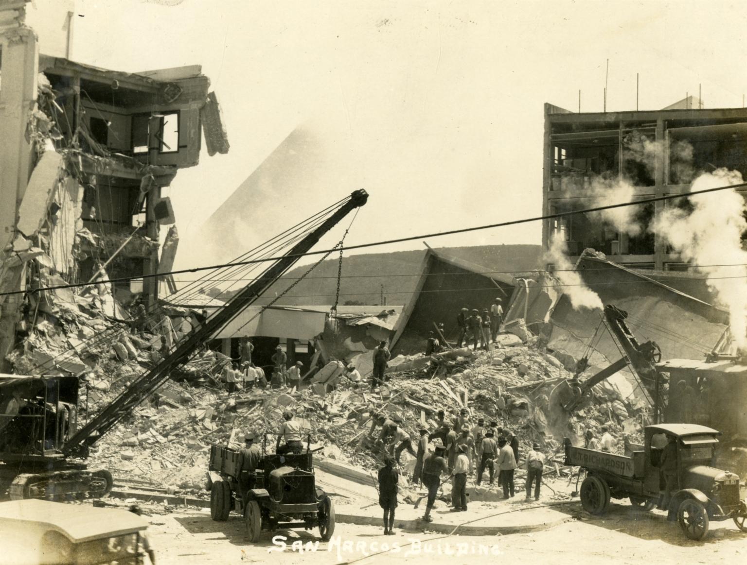 Santa Barbara 1925 Earthquake Damage - San Marcos Building