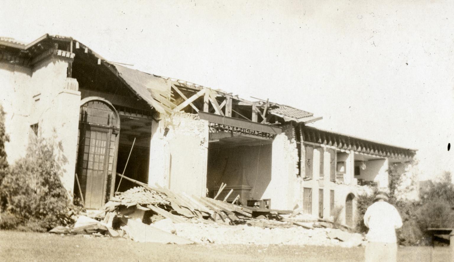 Santa Barbara 1925 Earthquake Damage - Santa Barbara Public Library