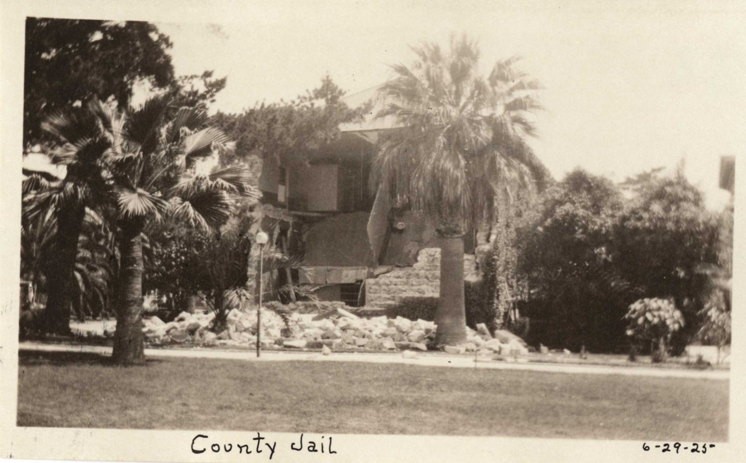 Santa Barbara 1925 Earthquake damage - County Jail