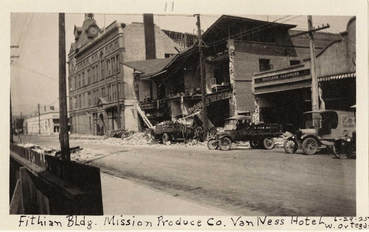 Santa Barbara 1925 Earthquake damage - Fithian Building