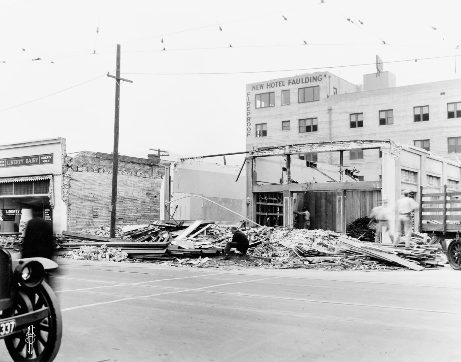 Santa Barbara 1925 Earthquake Damage - 500 Block State Street